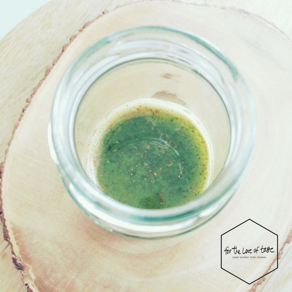 Detox green juice shot-fortheloveoftaste