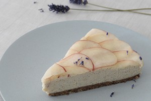 Wild peach – lavender cheesecake