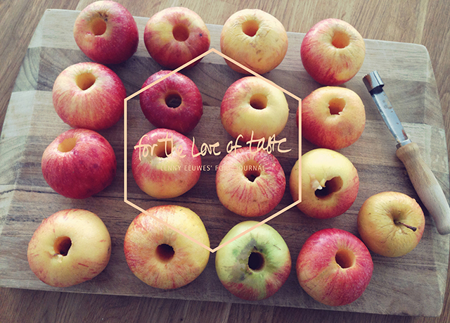 how to pick the fruits of the apple harvest time in your kitchen